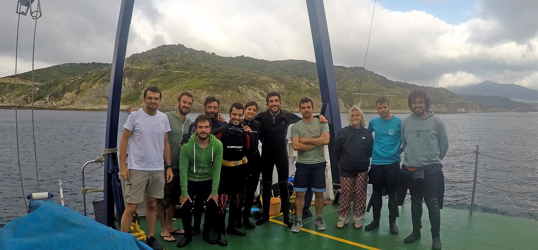 Estudiantes de la UCA inician a bordo del UCADIZ las prácticas del máster en Arqueología Náutica y Subacuática en Algeciras